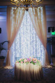 laguna beach wedding, california wedding planner, pineapple california wedding, wedding, bright colored wedding, polynesian wedding