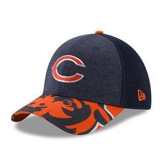 Men s Chicago Bears New Era Navy 2017 NFL Draft On Stage 39THIRTY Flex Hat 98d92785a121