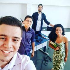 """Como sempre digo:""""quem tem amigos tem tudo! """" #serpastoréisso #jovensprogresso #amomuitotudoisso #semanajovem #underground"""