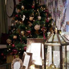 Kaikki joulutuotteet puoleen hintaan! Myös verkkokaupasta www.lauraashley.fi #lauraashleyfinland #sisustusinspiraatio #sisustusidea #sisustusinspiraatiota #sisustusliike #koti #kotoilu #kauniskoti #kotikuntoon #ihanakoti #kotikauniiksi #lahjaksiitselle #lahjatavara #lahjaidea #lahja #jouluostoksia #joulu #joulukoriste #joulutulee #jouluostoksia #jouluostoksilla #jouluostoksille #joululahjaidea #joulutulee #joulutuleeoletkovalmis