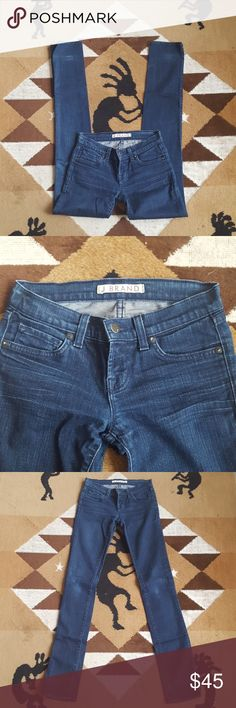 """J Brand Pencil Leg 912 Skinnies Size 24 Great jeans, company distressed. See 5th pic for a couple of small whitish spots on a back leg. Knees show some wear (to the color only). Lap wash  Cut 2634. 98% cotton, 2% spandex  Waist approx 12 1/2"""" across when flat, rise 7 1/4"""", inseam approx 34"""" J Brand Jeans Skinny"""