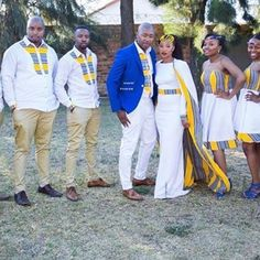 Presenting Mr and Mrs Mokgatle and their squad! African Wedding Attire, African Attire, African Wear, African Women, African Dress, African Traditional Wedding Dress, Traditional Outfits, African Print Fashion, African Fashion Dresses
