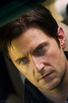 (1) Richard Armitage Brazil