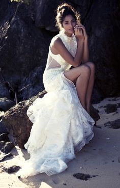 this gown is to die for / Aje