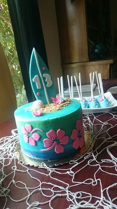 Surfer girl cake …