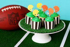 DIY Football Cupcake Display