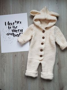68 Ideas Crochet Baby Romper Pattern Overalls For 2019 Crochet Romper, Crochet Bebe, Crochet For Boys, Crochet Gifts, Crochet Baby Clothes Boy, Crochet Baby Stuff, Fast Crochet, Crochet Baby Boots, Crochet Baby Beanie
