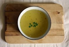 This chicken broth/stock is hcg diet friendly and a safe substitute for store bought chicken broths that have sugars and other non hcg diet safe ingredients. Hcg Diet Recipes, Healthy Recipes, Healthy Foods, Bone Broth Benefits, Diarrhea Remedies, Natural Home Remedies, Health And Nutrition, Healthy Eating, Wellness