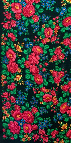 "Russian shawl called ""My Beloved"", designed by Victor Zubritsky, Pavlovo Posad Manufacture, 1970."