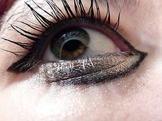 Wrinkles Under Eyes: Home Remedies on How to Get Rid Of Under Eye Wrinkles #undereyewrinkles #wrinklesundereyes