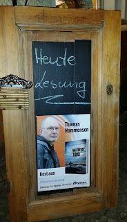 Lesendes Katzenpersonal: [Lesung] Premierenlesung: Thomas Nommensen liest a...
