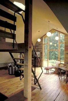 Architect Visit: Shed Architects Whidbey Island Barn Conversion - Remodelista Barn Living, My Living Room, Studio Living, Barn House Conversion, Barn Conversions, Barn Loft, Converted Barn, Barn Renovation, Living Vintage