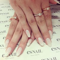 love this french mani twist
