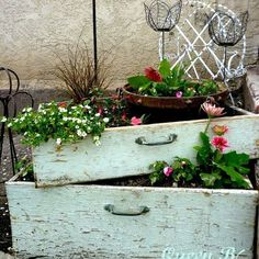 You know those old dresser drawers you see from time to time on the side of the road?? Well, I am going to make them functional again. Let me know how yours turn out!! JLA
