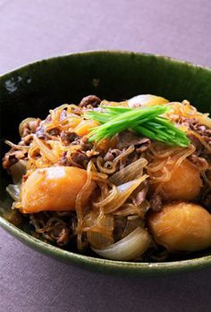 Japanese simmered potatoes and beef, Nikujaga