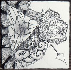 Zentangle: More Betweed by Maria Thomas