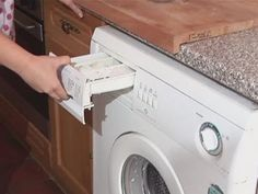 Krijg jij jouw witte kleding moeilijk schoon? Wanneer je DIT gebruikt is je…