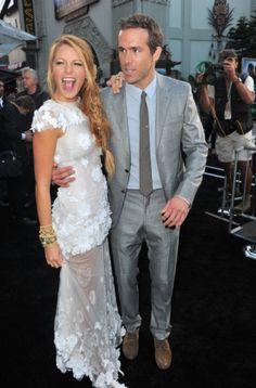 http://www.fashionassistance.net/2012/09/blake-lively-y-ryan-reynolds-se-han.htmlFashion Assistance: Blake Lively y Ryan Reynolds se han casado. El vestido de la novia, una incógnita