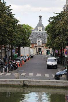 l'Hôpital Saint-Louis au bout de l'avenue Richerand - Paris, 10ème