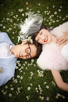 Make your registry, shop for your wedding dress, buy your bridal party gifts, and get your groom a tux all at Macy's #Registry and #Wedding Shop!! #macys