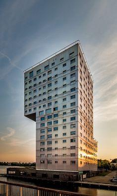 "Architect: Claus en Kaan Architecten ALMERE "" Silverline"""