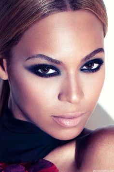 Beyonce Knowles eyes