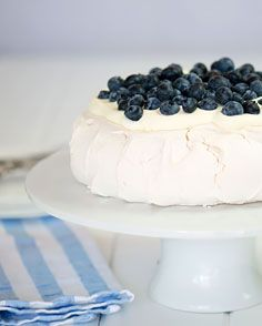 Pavlova with Blueberries and Cream