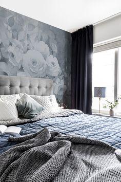 Bedroom Wallpaper, Wallpaper Ideas, Blue Palette, Scandinavian Bedroom, Blue Bedroom, Bedroom Vintage, Decoration, Wall Murals, Blue Grey