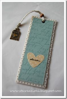Making A Bridal Shower Scrapbook Diy Arts And Crafts, Felt Crafts, Paper Crafts, Paper Bookmarks, Paper Tags, Diy Cadeau Noel, Felt Bookmark, Book Markers, Scrapbook Albums