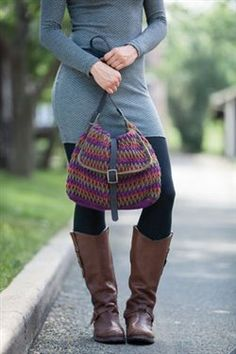 I  must make this crochet bag! Perspective Purse - Media - Crochet Me