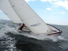 folkboat 25 - Twenty Small Sailboats to Take You Anywhere (Paperback) by John Vigor