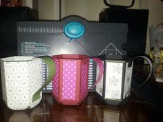 Mug gift holders made with cardstock, using We R Memory Keepers envelope punch board Envelope Punch Board Projects, Envelope Maker, Craft Punches, 3d Paper Crafts, We R Memory Keepers, Paper Punch, Card Tutorials, Craft Fairs, Diy Bags