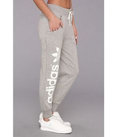 adidas Originals Originals Baggy Track Pant Medium Grey Heather/White - For more: Sporty Outfits, Athletic Outfits, Athletic Wear, Fall Outfits, Summer Outfits, Cute Outfits, Athletic Shoes, Adidas Shoes Outfit, Nike Shoes