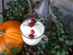 """THANXGIVIN EGGNOG"" w/ Heavy Cream ICE CUBES ~ http://www.cocktailplayground.com/2012/11/thanksgiving-ranch-style.html"