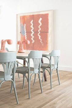 How to bring pastel into your home. The Wing NYC Workspace Mint Chairs The Wing Nyc, Club Design, House Design, Interior Inspiration, Design Inspiration, Design Ideas, Ligne Roset, Sweet Home, Interior And Exterior