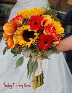Fall Bridal Bouquet by Georgianne Vinicombe at Monday Morning Flower and , via Flickr