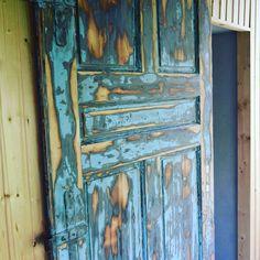 "5 To se mi líbí, 1 komentářů – @creative.bella na Instagramu: ""Sauna #entrance #old door #blue #wooden #wood #freedom #welcome #weekendhouse #house#olddoor"""