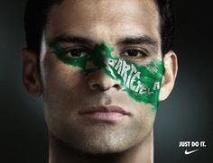 "Rafa y El Tri gritan: ""Pártetela"" Mexico Soccer, Soccer Players, Mexico National, Carnival, Fifa, Quotes, Sports, The Scream, Football Players"