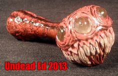 Creepy glass pipe by Zoombiez. Love his work.