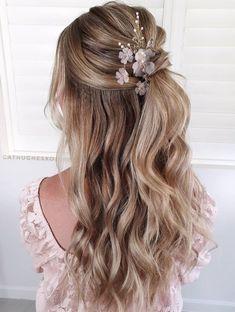 Wedding Half Updo, Bridesmaid Hairstyles Half Up Half Down, Bridesmaid Hair Down, Simple Wedding Hairstyles, Loose Hairstyles, Bride Hairstyles, Straight Hairstyles, Wedding Bride, Half Up Half Down Hairstyles