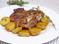 Paletilla de cordero al horno Pot Roast, Recipies, Pork, Food And Drink, Menu, Chicken, Ethnic Recipes, Primers, Roast Lamb