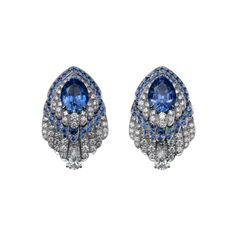 High Jewellery earrings Earrings - platinum, 4.12-carat and 3.99-carat pear-shaped sapphires from Ceylon, sapphires, pear-shaped diamonds, brilliant-cut diamonds.