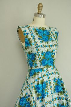 Vintage 1950s dress. With Blue Roses.