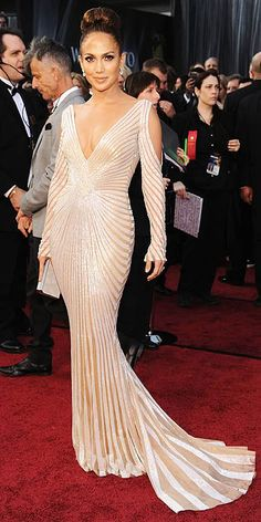 Gwyneth Paltrow in Tom Ford at the 2012 Oscars