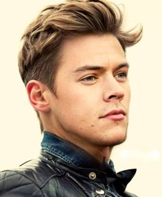 The 60 Best Medium-Length Hairstyles for Men Improb medium mens haircut styles - Medium Style Haircuts Medium Length Hair Men, Medium Hair Cuts, Medium Hair Styles, Long Hair Styles, Medium Curly, Mens Medium Length Hairstyles, Long Curly, Cool Hairstyles For Boys, Messy Hairstyles