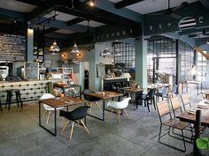 SCG Building Materials - Eighty Twenty ร้านอาหารสไตล์ไทยโมเดิร์น ลอฟท์… Industrial Kitchen Design, Cafe Interior Design, Thai Restaurant, Modern Loft, Building Materials, Table, Room, Furniture, Arch