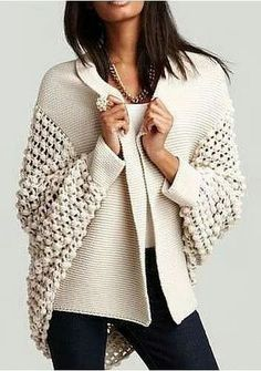Kış mevsimi de dahil olmak üzere, bu sene her mevsimde karşımıza hırkalar… Including the winter season, we see cardigans every season. If you understand from knitting, you can start knitting one of the most fashionable female cardigan models. Crochet Jacket, Knit Crochet, Crochet Cardigan, Crochet Baby, Look Fashion, Autumn Fashion, Fashion 2015, Dress Fashion, Street Fashion