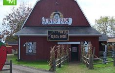 I have compiled a large list of Haunted Hayrides, Haunted Houses and Haunted Attractions in Oakland County, Macomb County and throughout Metro Detroit, Michigan for Halloween fun.