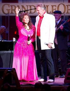 Loretta Lynn and Bill Anderson - love Country Music - have seen both of these at concerts in Iowa and Kentucky and Tennesse