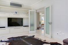 Villa Olivier - TV room - Nox Rentals